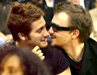 Jake Gyllenhaal Gay Kissing